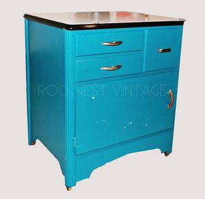 Charmant Vintage Porcelain Top Kitchen Cabinet Painted Blue #Country #unknown |  Vintage Enamel Top Tables | Pinterest | Kitchen Cabinet Paint, Antique  Furniture And ...