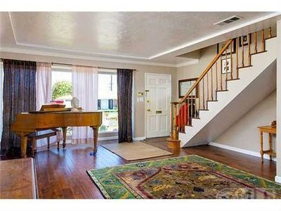San Diego Ca This One Might Work The Kitchen May Be Small Can T Tell From Photo And The Stairs Are Funny But The Attic Room Looks Nice And I Love The Loca