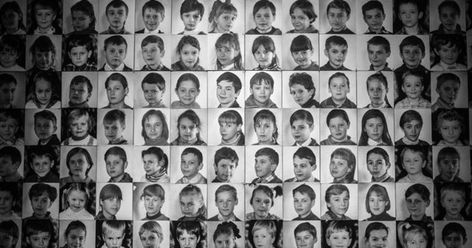 """""""아직 아이한테 체르노빌 사고에 대한 얘기를 제대로 꺼낸 적이 없어요. 저희는 지금 사는 것에 더 집중하려고 합니다."""" 열두 살 이리나 시텐코바양의 어머니는 딸의 눈치를 보며 이렇게 말했다. 체르노빌 발전소에서 100㎞ 남짓 떨어진 벨라루스의 부다 코샬레바. 여기서 만난 시텐코바양은 구순구개열 장애를 갖고 태어났다. 또 쉽게 피곤해지고, 매달 병원 신세를"""