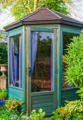 Kiosque De Jardin 7 Modeles Super Decoratifs Kiosque Jardin Abris De Jardin Peints Pavillon De Jardin