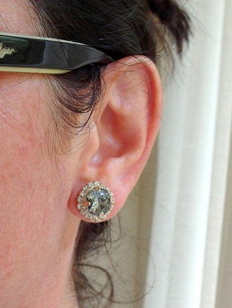 #weddings #jewelry #earrings #bridesmaidgift #bridalearrings #vintageearrings #bridesmaidsearrings #swarovskiearrings #crystalstudearring #weddingjewelry #rhinestoneearrings #goldearrings #mintstuds #seafoamstuds #pacificopal