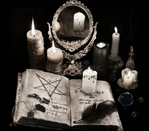 Witch Aesthetic, Book Aesthetic, Character Aesthetic, Black Magic Book, Yennefer Of Vengerberg, Dark Witch, Arte Obscura, Slytherin Aesthetic, Season Of The Witch