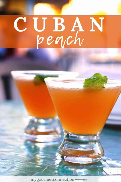 The Cuban Peach cocktail is a simple, refreshing blend of muddled peach, white rum, peach schnapps and freshly squeezed lime juice. The traditional Cuban Peach cocktail is made with white rum, peach schnapps and freshly squeezed lime juice. Cocktail Saint Valentin, Easy Alcoholic Drinks, Easy Rum Drinks, Simple Cocktail Recipes, Summer Rum Drinks, Rum Cocktail Recipes, Bourbon Drinks, Martini Recipes, Whiskey Cocktails