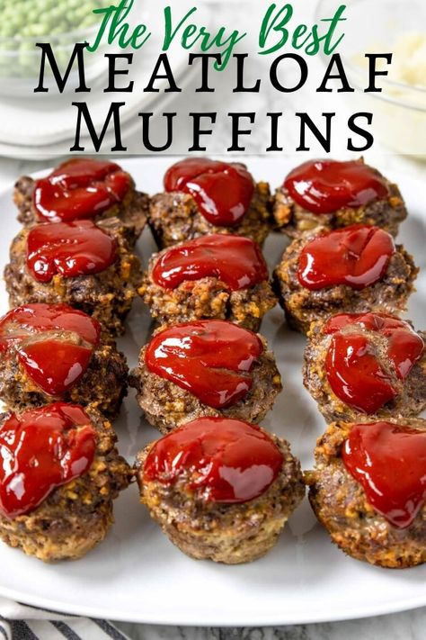 Meatloaf Muffin Cups Meatloaf Muffins are individual portions of savory ground beef meatloaf topped w/ ketchup and cooked in a muffin tin. This is an easy meatloaf recipe! beef recipes for kids Mini Meatloaf Recipes, Best Meatloaf, Meat Recipes, Cooking Recipes, Simple Muffin Recipe, Muffin Tin Recipes, Meatloaf In Muffin Tin, Meat Loaf Recipe Easy, Beef Recipes