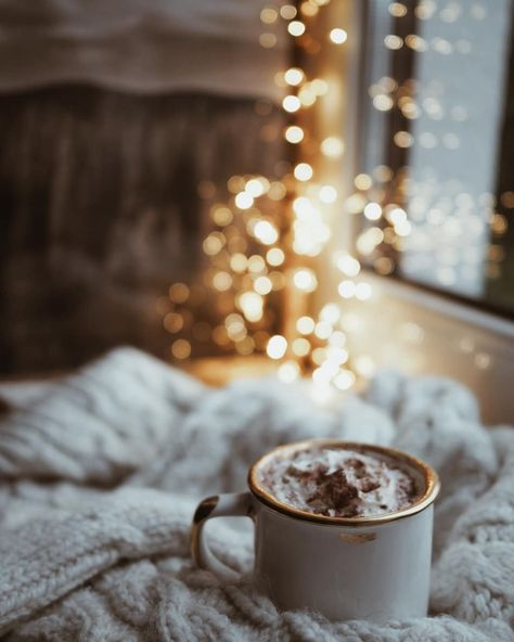 Light up and enjoy with a cup of your favourite beverage on your bed.