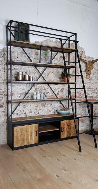 Verbazingwekkend Industriële bibliotheekkast met ladder | Bibliotheekkast, Kast, Ladder AS-85