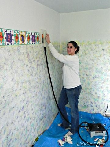 Removing Wallpaper With A Steamer Mad In Crafts Removable Wallpaper Taking Off Wallpaper Wallpaper Steamers