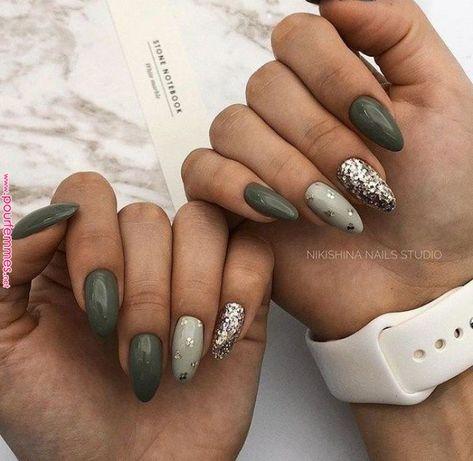 50+ Festive nail Design with Sparkles 2018 | Nails Art | Green nails, Green nail designs, Nail designs