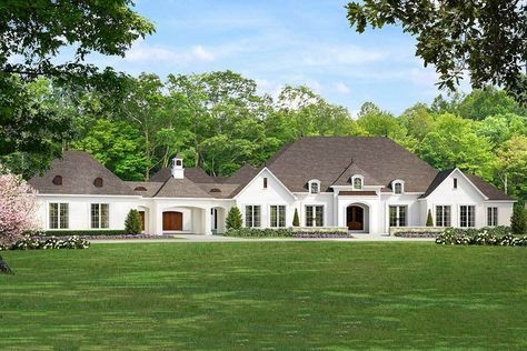 Plan 70584mk Luxurious 5 Bed House Plan With Porte Cochere Luxury Ranch House Plans French Country House Plans Ranch House Plans