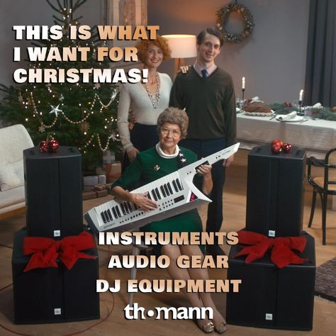 Want to really impress them with gifts this Christmas? Don't let them down, especially not your grandmother! 🎹 🎁