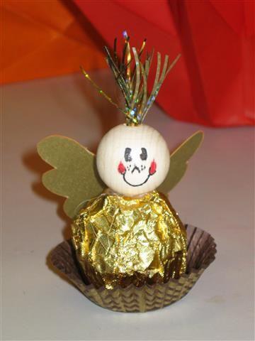 Weihnachtsbasteln Mit Süßigkeiten.Denkt Euch Ich Habe Das Christkind Gesehen Es Kam Aus Der Kneipe