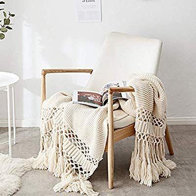Amazon De Jeannelife Gestrickte Decke Decke Strick Mit Quasten Super Weich Warm Fur Sofa Bett 120 X 180cm Beig Couch Decken Sofastuhl Uberwurf Bett