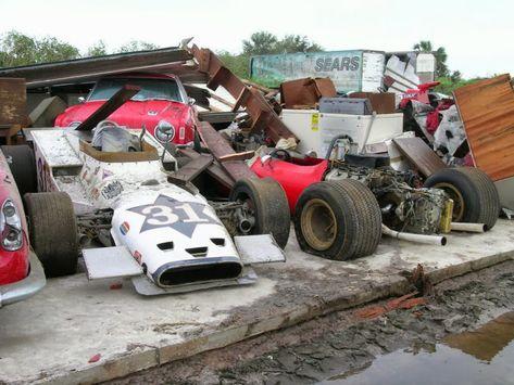 [Imagen: ee7e8ce36076607461ac69762a390bb2--abando...d-cars.jpg]