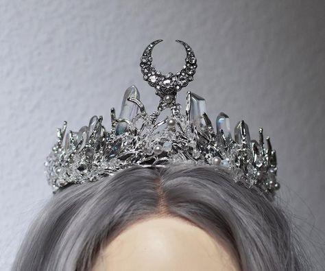 Crown Aesthetic, Queen Aesthetic, Princess Aesthetic, Crescent Moon Symbol, Moon Symbols, Fantasy Dress, Fantasy Queen, Crystal Crown, Moon Goddess