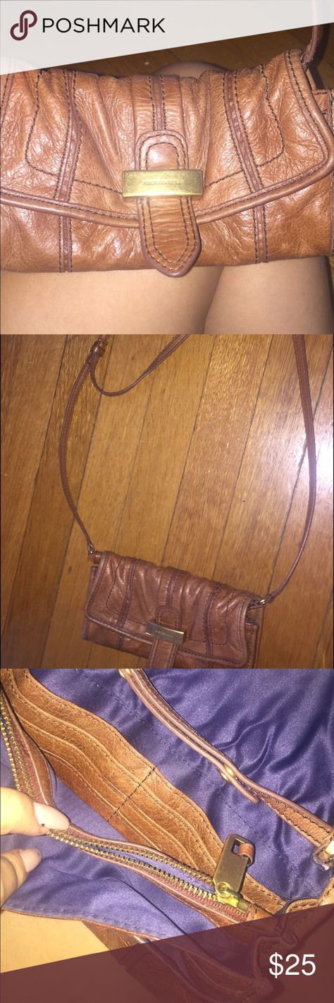 Juicy couture crossover purse Brown juicy crossover purse Juicy Couture Bags Crossbody Bags