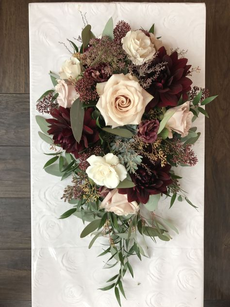 #quicksand #teardrop #burgundy #bouquet #dahlias #wedding #autumn #nudes #these #roses #this #love #went #into #thisLove love love these burgundy and nudes for this autumn wedding. Dahlias and quicksand roses went into this fall teardrop bouquet.