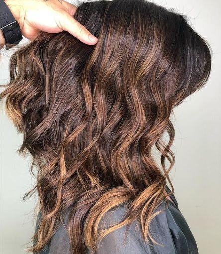 Illuminated Brunette La Coloration Must Have Cette Saison Coiffures Simples Produits Capillaires Eruption De Cheveux