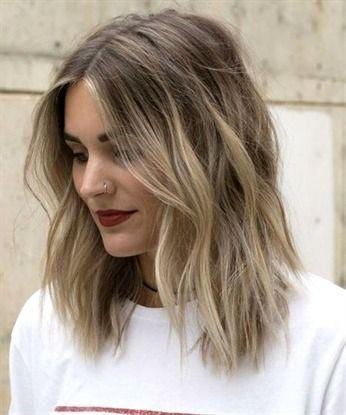 23 Der Romantischen Und Sensationellen Mittleren Lob Shaggy Frisuren 2019 Fur Frauen Die Dieses Jahr Rocken Soll Shaggy Frisuren Haarschnitt Kurzhaarfrisuren