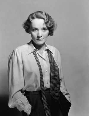 Marlene Dietrich, 1932. Adore the clothes, the poise and the sheer damn…