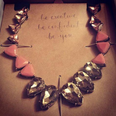 One of my favorite pieces and messages! Summer statement #necklaces! #beconfident #beradiant  #chloeandisabel #coral  https://www.chloeandisabel.com/boutique/gwenj