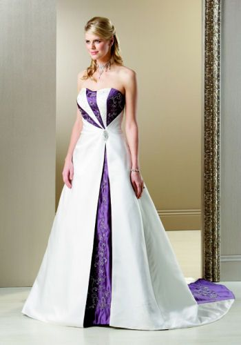 ca55f8bb19 wedding dress with purple back... but Orange instead of purple ...
