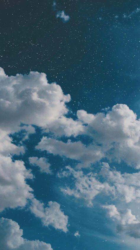 weiße-wolken-blauer-himmel-aesthetic-wallpaper-hd-ästhetische-tapete-für-handys