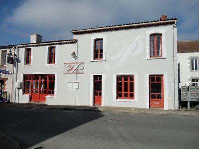 Vente Ancien Hotel Pour Creation Chambres D Hotes Pres Puuy Du Fou Maison Style Maison D Hotes Chambre D Hote