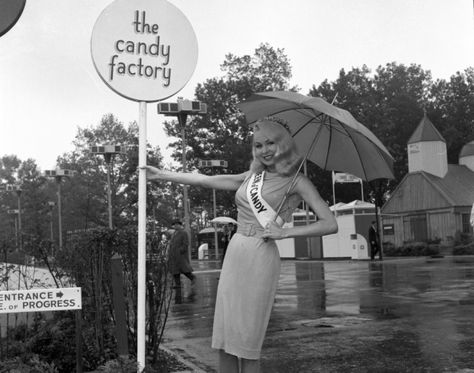 37 WTF & Bizarre Beauty Contests From Historys Vault