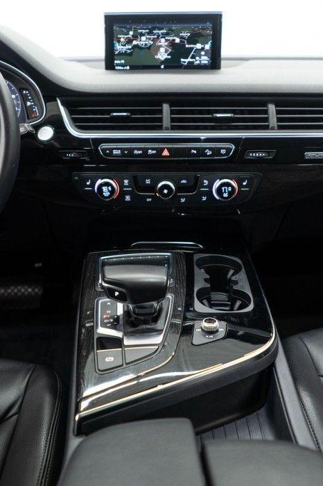 2019 Audi Q7 Interior 2019 Audi Q7 Interior 2020 Audi Q7 Suv Earns 2020 Wards 10 Best Ux Award Audi 2019 Used Audi Q7 Premium Audi Q7 Audi Q7 Interior Audi