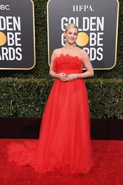 Golden Globes 2019 Fashion Live From The Red Carpet Lili Reinhart Strapless Dress Formal Fancy Dresses