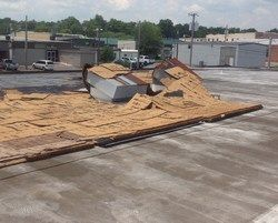 When Looking For Emergency Commercialroofing Services Commercial Roofing Roofer Roofing Contractors