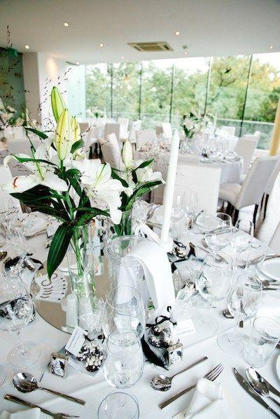 Unglaublich Gross Hochzeitssaal Dekorieren 10 Tipps Fur Die Perfekte Deko Der Location Deko Dekorieren Der Die Wedding Hall Wedding Wedding Decorations