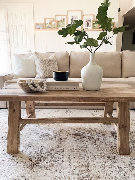 Coffee Table Decor Living Room, Center Table Living Room, Decorating Coffee Tables, My Living Room, Living Room Furniture, Livingroom Table Decor, Fall Decorating, Coffee Table Makeover, Coffee Table Styling