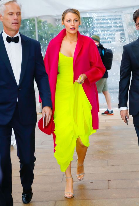 b137cd22a2 Blake Lively Brings Back the Neon Trend in a Chartreuse Evening Gown and Fuchsia  Coat