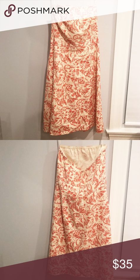 J. CREW PETITE STRAPLESS DRESS Gorgeous, one of a kind lightweight cotton dress with hibiscus flower print. Perfect for a tropical vacation🌸  Size is Petite 4 with very little stretch! J. Crew Dresses Strapless