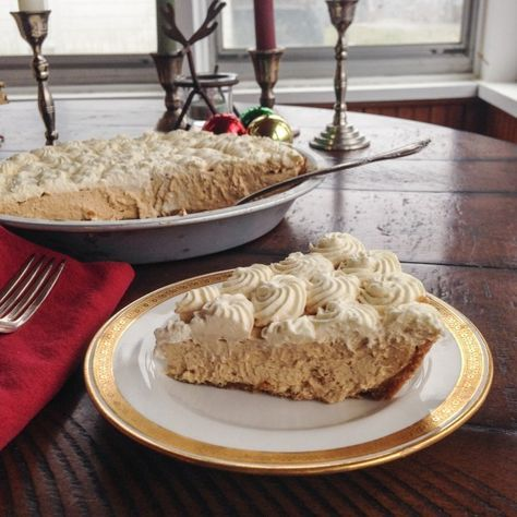NO-BAKE GINGERBREAD CREAM PIE—Because—if the radio is any indication—it's never too early for Christmas, especially when it comes in pie form.