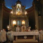 """Mons. Urbanč: """"Que el santo Crisma con el que fuimos ungidos y configurados con Cristo vuelva a brillar en nuestra vida"""""""