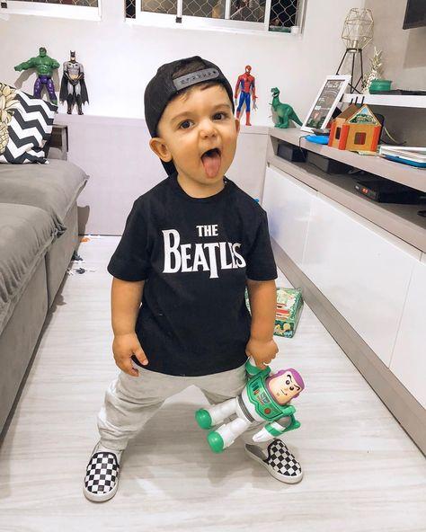 "⠀⠀⠀⠀⠀⠀⠀⠀⠀⠀  LÉO FECK on Instagram: ""Baby style blééé 👅🤘🏻🖤 . . #ToysDecorHouse #RockStyle #AmordePai #B1"""