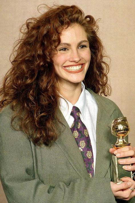 Happy birthday Julia Roberts! Here's just some of our favourite looks