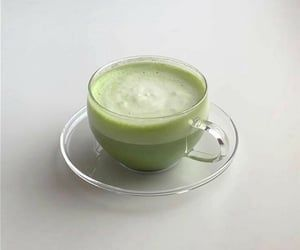 121 images about matcha on We Heart It | See more about green, aesthetic and food Mint Green Aesthetic, Matcha Cookies, Tea Cookies, Matcha Cake, Fruit Cookies, Think Food, Greens Recipe, Matcha Green Tea, Matcha Milk
