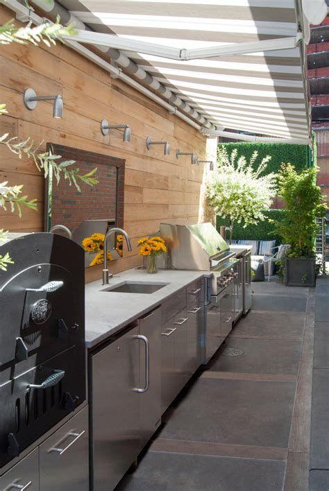 Outdoor Kitchen Design Ideas Outdoor Kitchen Countertop Ideas Outdoor Kitchen Pergola Ideas Outdoo Outdoor Kitchen Design Outdoor Kitchen Backyard Kitchen