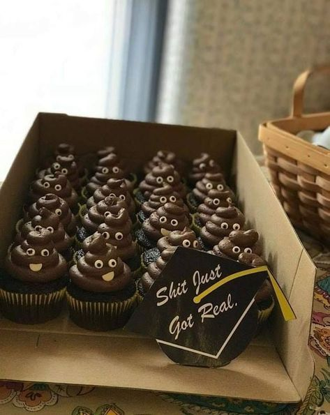 poop shit got real cupcakes, Graduation Marquee Cake, Best Graduation Party Food Ideas, food grad guests will love, fun easy graduate party food buffe… – Decorationn – Party Ideas Graduation Party Desserts, Outdoor Graduation Parties, Graduation Party Centerpieces, Graduation Party Planning, Graduation Party Themes, College Graduation Parties, Graduation Cupcakes, Graduation Party Decor, Graduation Ideas