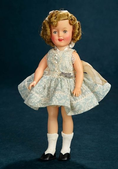 Shirley Temple Collections 226 Vinyl Shirley Temple By Ideal In Blue Flocked Dress Dresses Doll Dress Doll Clothes