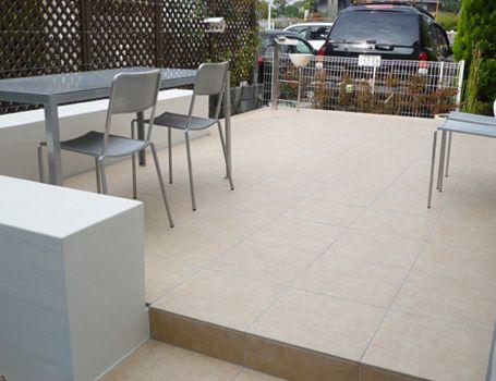お庭のタイルデッキ テラス 雑草対策にも グリーンケア お庭のデザイン リフォーム リフォーム テラス サンルーム 増築
