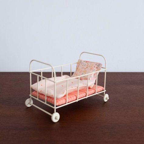 Bett Aus Metallbett Coral Pink Pink Kinder Bett Kinderzimmer