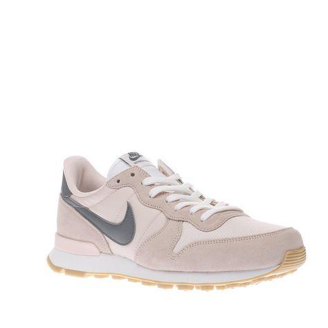 Nike Schuhe Damen Nike Internationalist Trainers In Beige