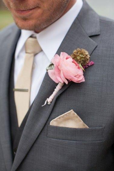 Vintage Romantic Blush and Gold Wedding | Ranunculus boutonniere ...