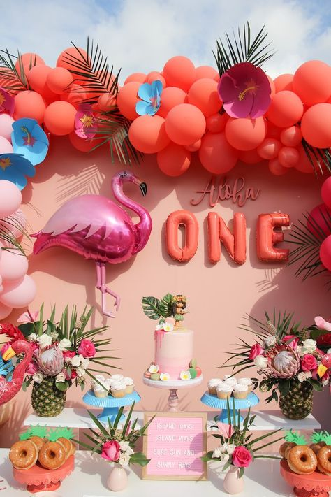 "Kara's Party Ideas ""Aloha ONE"" Tropical Birthday Party Hawaiian Birthday, Luau Birthday, 1st Birthday Parties, Card Birthday, Birthday Ideas, Birthday Invitations, Birthday Gifts, 1st Birthday Themes, 1st Birthday Balloons"
