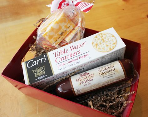 DIY: Meat Gift Basket- A Simple, Last-Minute Gift Ideas From Your Grocery Store! Summer sausage log, box of table water crackers/choice, ...