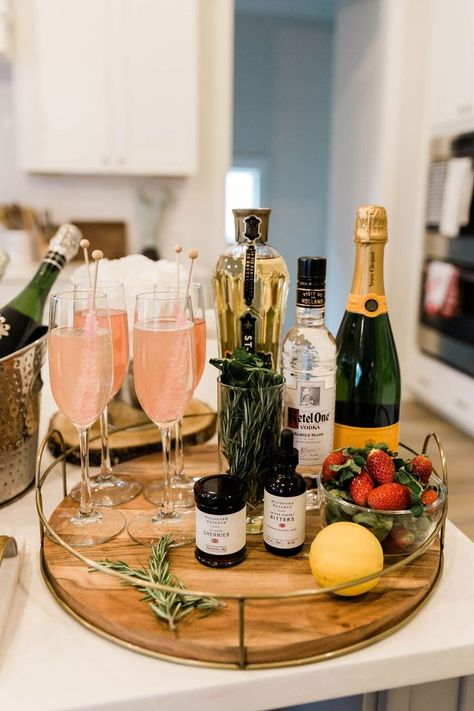 And let's be honest, any day is a good day for a champagne bar. I consider myself a champagne connoisseur because it's my preferred beverage of choice. So any excuse to pull out the bubbly is my type of party. #entertainingtipes #champagnebar  #diychampagnebar